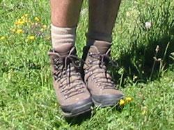 chaussures de marche sur le GR10